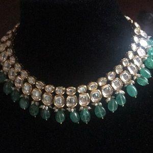 Jewelry - Emerald and kundan necklace